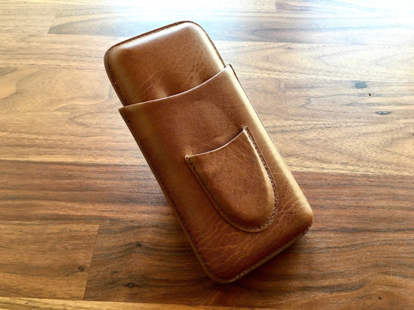 Brown 3-finger leather carrying case
